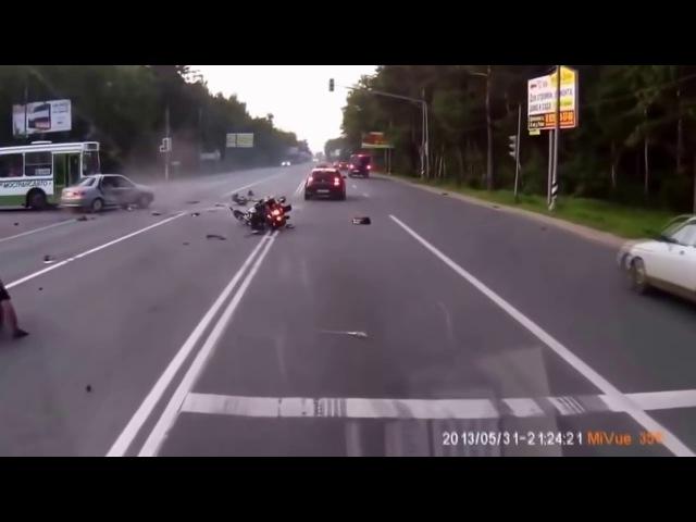 Подборка аварий 2017 Дураки на дороге 18