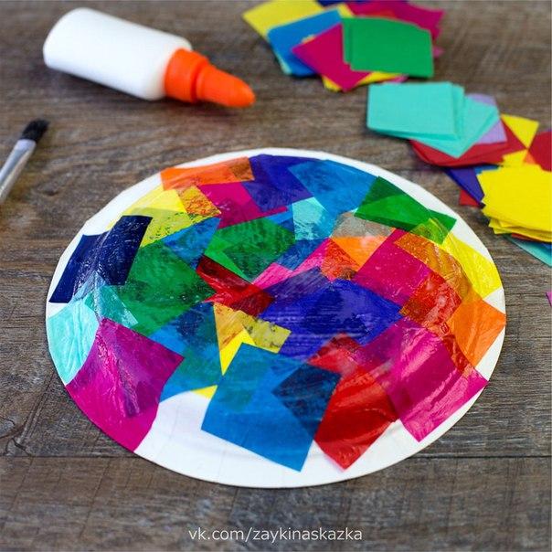 ПОДЕЛКА «ЧЕРЕПАШКА» Понадобятся:цветная бумагаодноразовая тарелкаблёсткиклей