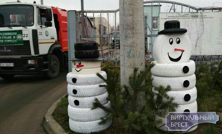 Снеговиков из покрышек видели? Позитив от Брестского мусороперерабатывающего завода