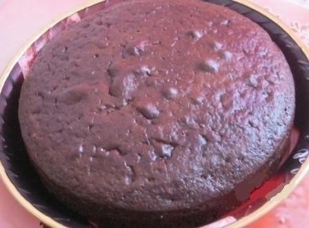 Шоколадный торт на кефире «Фантастика». Очень простой и необычный рецепт вкусного торта. Приготовить сможет любой. Попробуйте обязательно!Ингредиенты:Для теста:Кефир или простокваша -300 гСахар