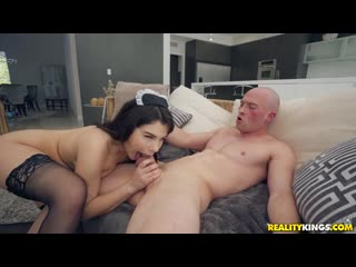 Valentina Nappi - Curvy Cleaning . (Sex Blowjob Anal Doggystyle Reverse Cowgirl Hardcore Brazzers Porn Порно