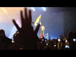 Jared Leto - Waving Ukrainian flag in Kiev