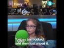 Michael Carrick est allé à la rencontre de la petite Darcy qui est parfois critiquée ou moquée parce quelle joue dans une équipe