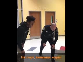 Полицейские с чувством юмора [NR]