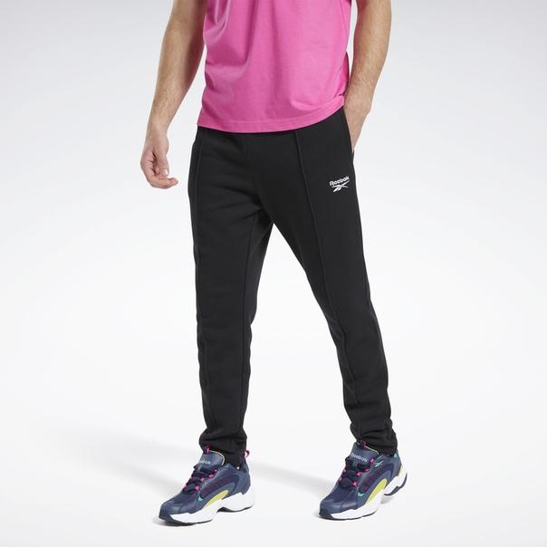 Спортивные брюки Classics Vector image 1