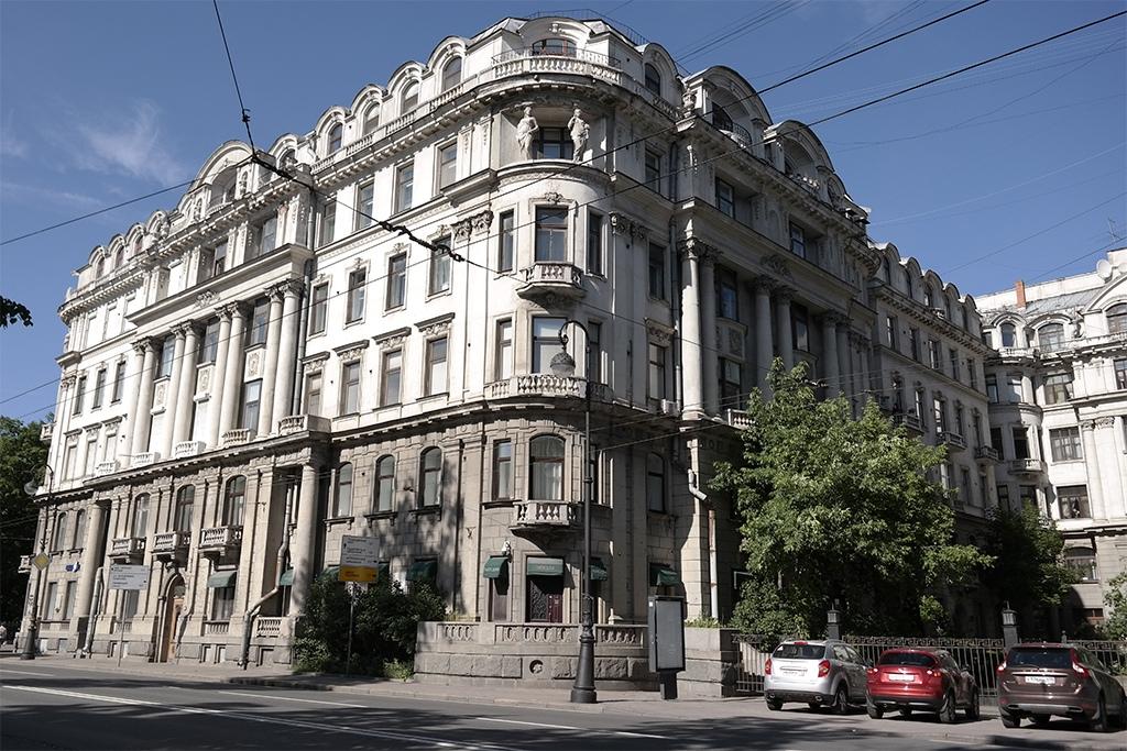 Классические дома на Каменноостровском, Санкт-Петербург