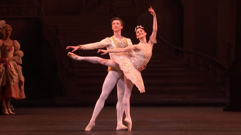 The Sleeping Beauty Wedding pas de deux Marianela Nuñez Vadim Muntagirov The Royal Ballet