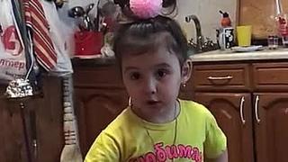 Дочка ругается на маму