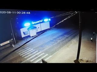 В Усть-Куте на дороге упал человек, а после по нему проехала машина