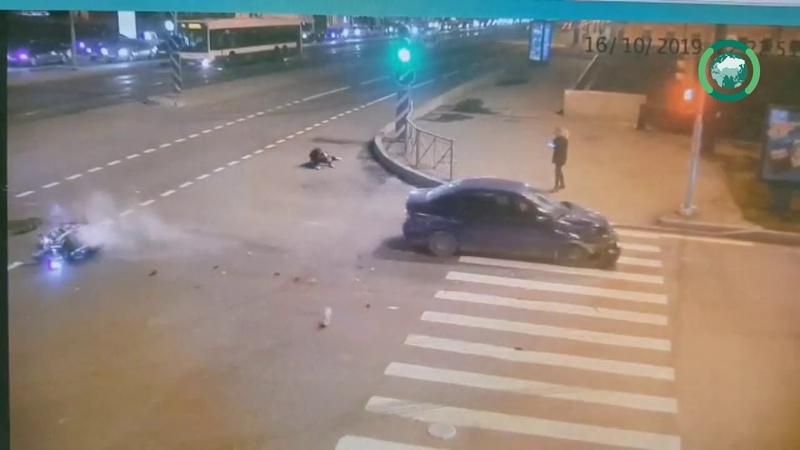 ФАН публикует видео аварии с мотоциклистом на Лиговском пр.