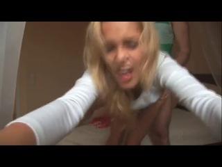 #Новички# Teen, блондинка, маленькая, стройная# Очень сексуальная веселая девушка, домашнее, орал+классика.