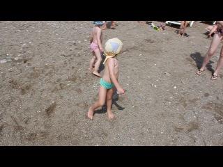 Треш на пляже ))) все жгут ))) l'oceanica beach resort hotel