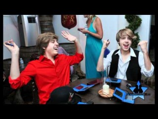 Documentary Cole and Dylan Sprouse   Спроус , Мартин