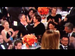 Райан Рейнольдс и Эндрю Гарфилд целуются!