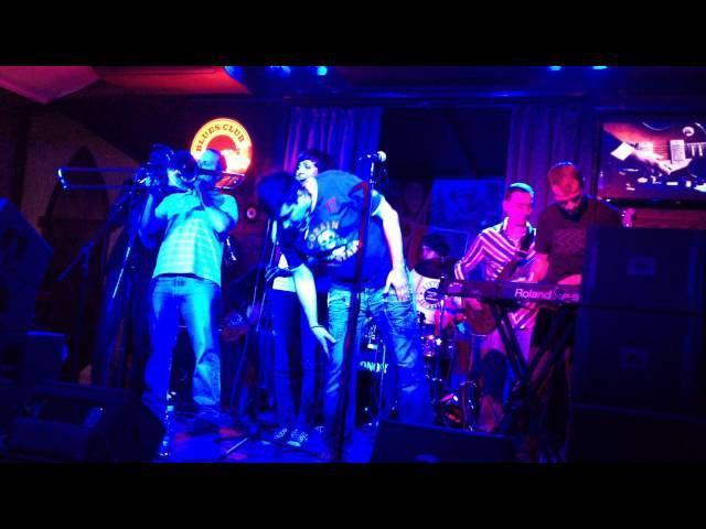 Онейроїд Полтава співає про мобільні телефони Blues club Big Fish 2014 11 08