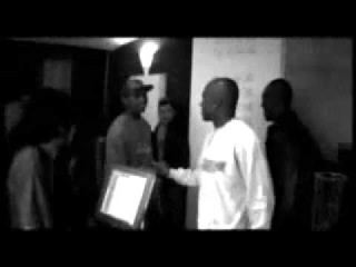 Ghetto People  Don Choa, Joey Starr, Aketo, Tunisiano (French rap) avec le texte!