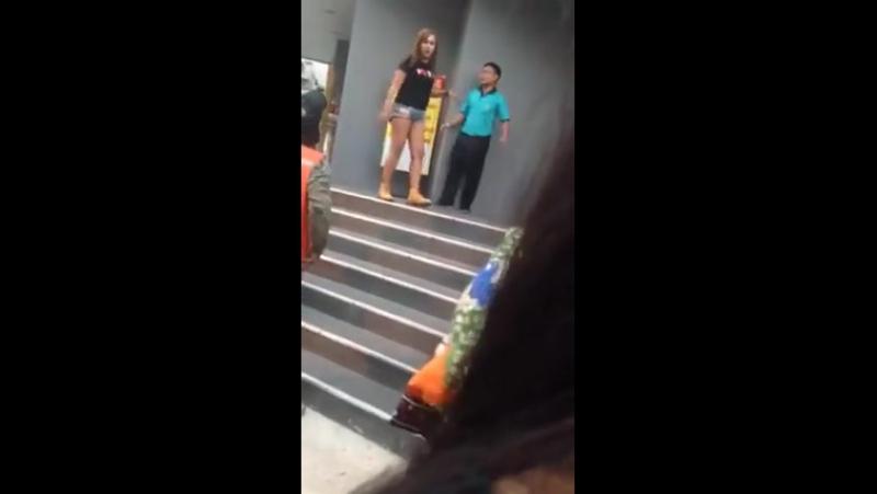 Проститутку избили пхукет проститутка