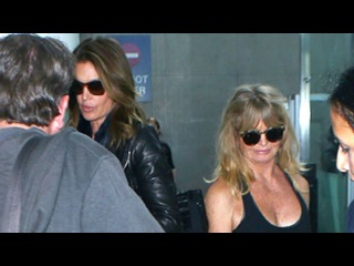 Goldie Hawn And Cindy Crawford Share A Flight Back To LA