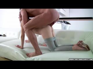 Грустную супер малолетку настойчиво ебут в ахуенную жопу HD 720 (Порно Фитоняшка Скрытая Камера Анал Самбука Соска Сиськи)