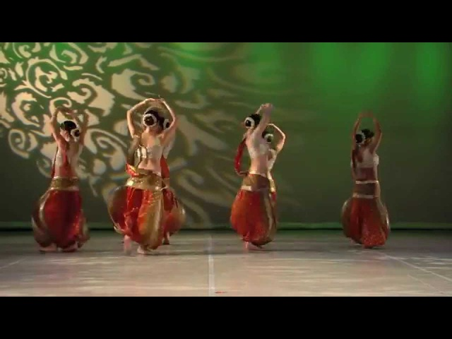 Kiaroscuro Belly Dance Indian fusion by Irina Akulenko
