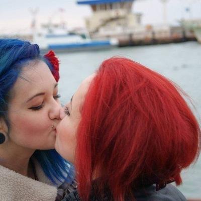знакомства би геев без регистрации