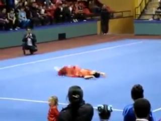 video unik lucu KEREN Wushu Taolu - Reversed