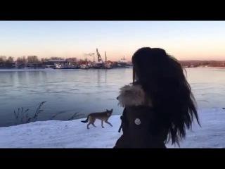 Наталия Орейро на берегу Ангары