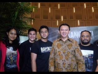 Ahok Menyempatkan DIri Nonton Film Terbaru Indonesia BANGKIT.  Gosip 20 Agustus 2016