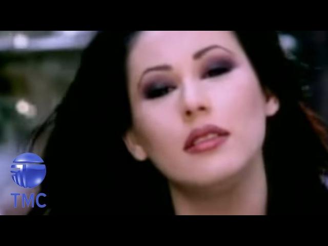 Funda Arar - Kaldırımlar (Official Video)