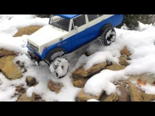 Toyota Land Cruiser FJ55 RC in the Snow