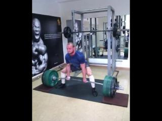 Аркадий Шалоха тянет 275 кг на 5 раз