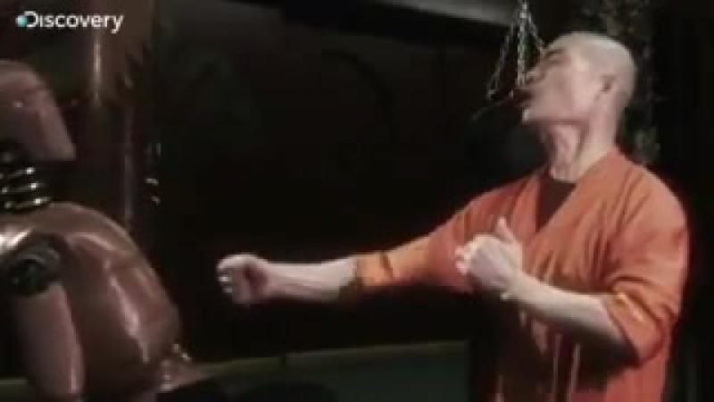 СверХлюди Стэна Ли удар шаолиньского монаха