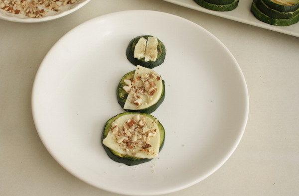 Запеченные кабачки с сыром и миндалем, изображение №11