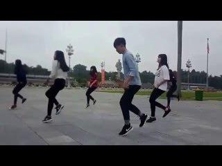 Màn nhảy Shuffle Dance của học sinh Nghệ An gây thu hút cộng đồng mạng !