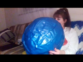 SugarSweetz - ASMR Blowing up a Fitness Ball (mouth inflation)