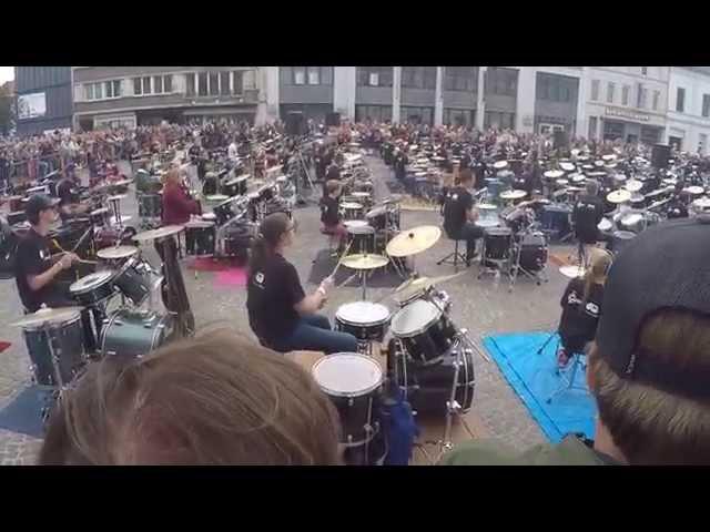 137 drums drumming uptown funk in kortrijk