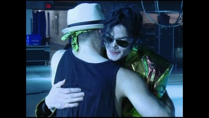 Michael Jackson's hug L'abbraccio di Michael Jackson