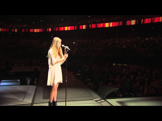 Emma Bale All I want Live at Sportpaleis