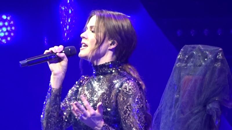 Jenni Vartiainen Sauli Heikkilä Suru On Kunniavieras LIVE @ Hartwall Arena 16 11 2018