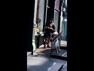 Another fan taken video of justin and hailey baldwin leaving a hair salon in new york city today. (august 8)