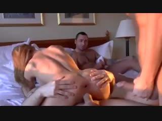 Муж смотрит и дрочит как жену сексвайф трахают два любовника куколд cuckold sexwife hotwife husband view sex cuck watches измена