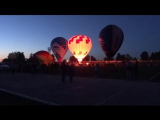 Световое шоу шаров