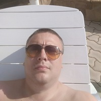 Роман Бабаров