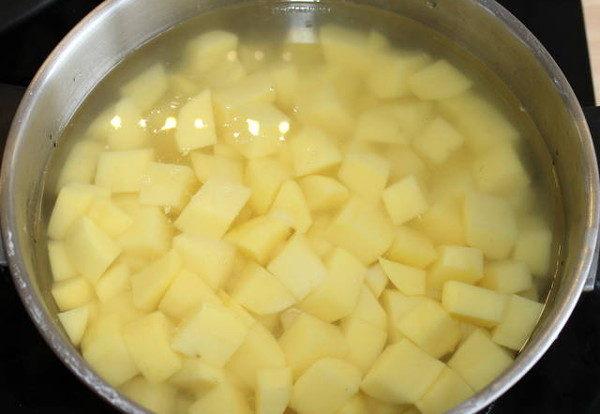 Ароматная картошка с петрушкой, изображение №2