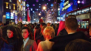 London Night Walk - Crowded Oxford Street Packed with Shoppers - UK