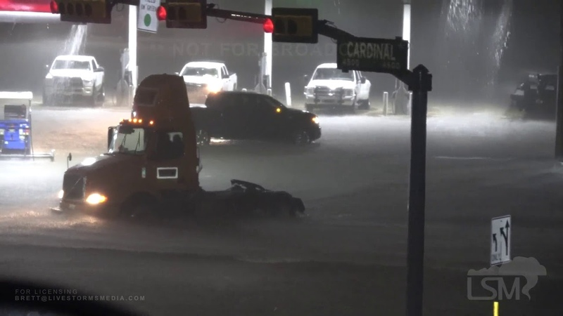09-19-19 Beaumont, TX Flash Flood Emergency Predawn Destructive Flash Flooding Many Cars Stalled