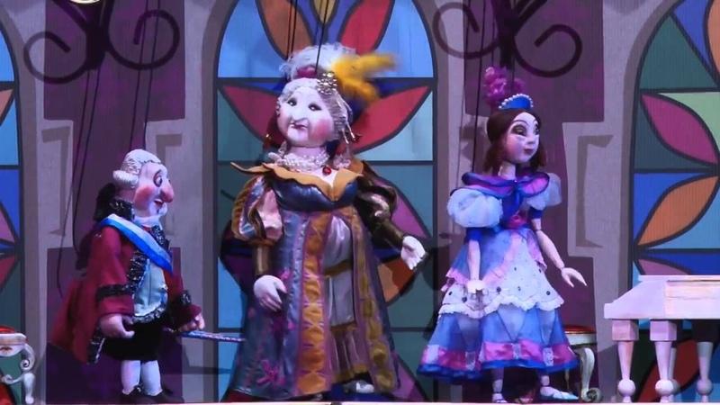Спектакль «Огниво» в Московском театре кукол...