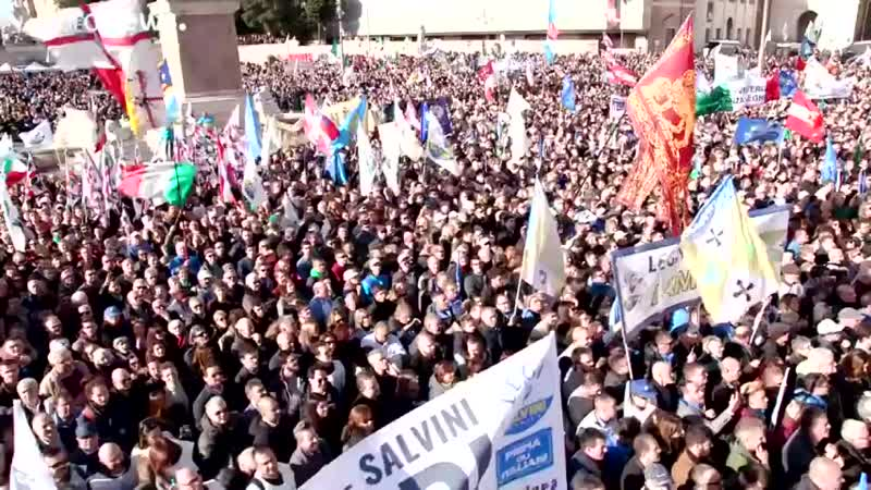 Lega Kundgebung in Rom 'Wer Armut sät erntet Proteste'