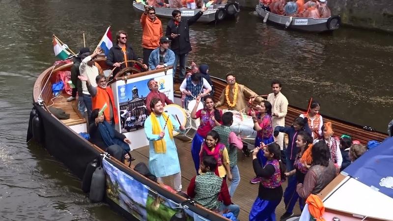 Koningsdag Amsterdam 2019 Botenparade op de Prinsengracht