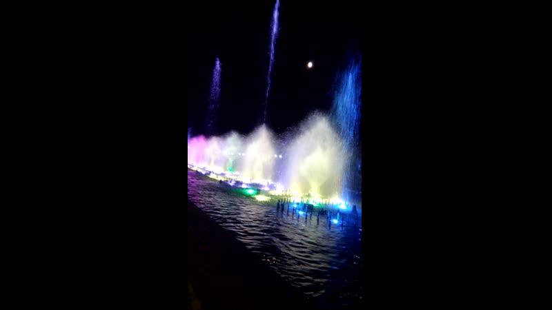 фонтаны на набережной Сочи